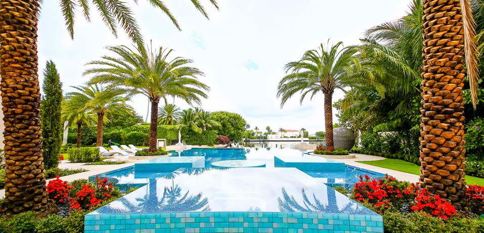 Palm Beach Waterfront Mansion - Pool Area
